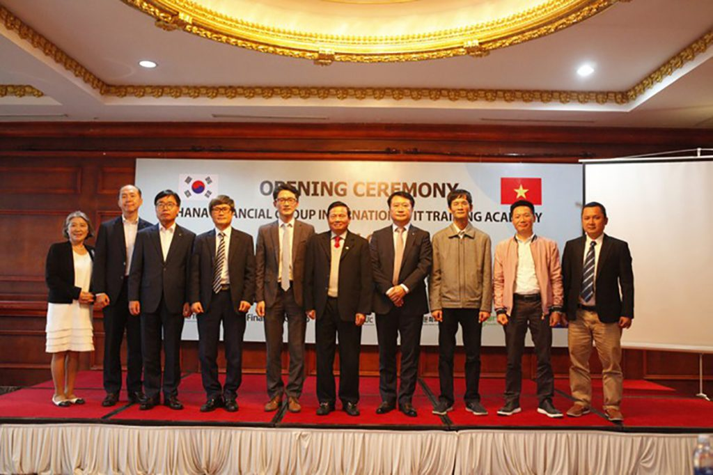 Hana Financial Group (Korea) cooperates with VTC Academy & VTC Online to train IT talents in VN