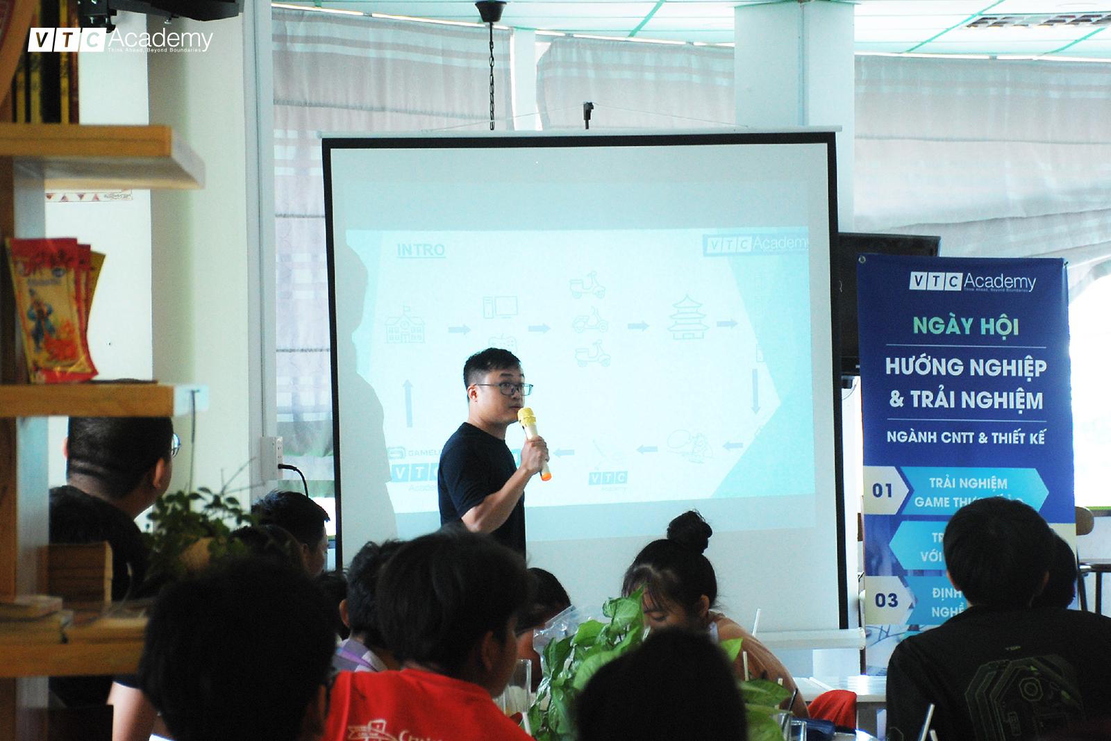 Ngày hội Hướng nghiệp & Trải nghiệm ngành CNTT & Thiết kế tại Long An