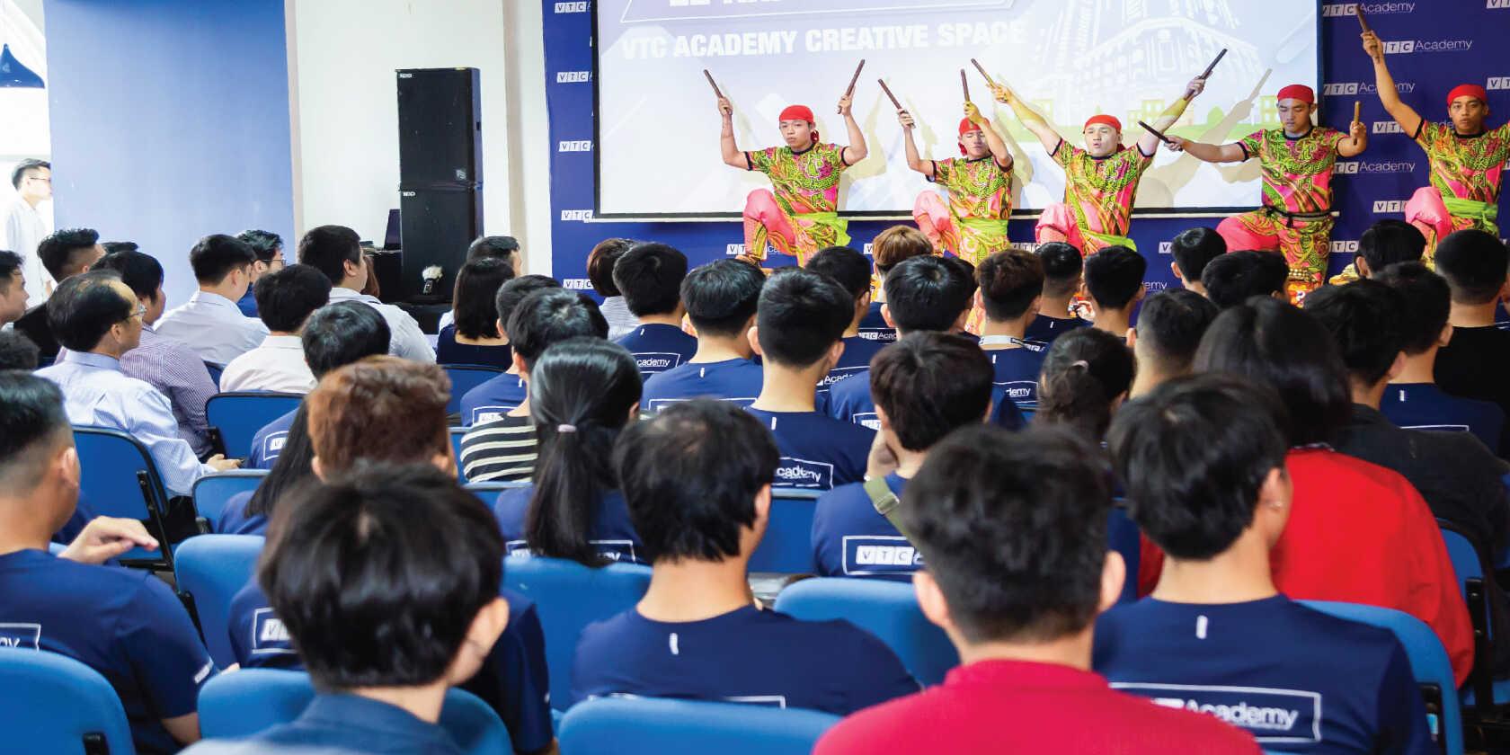 sanh-su-kien-vtc-academy-03