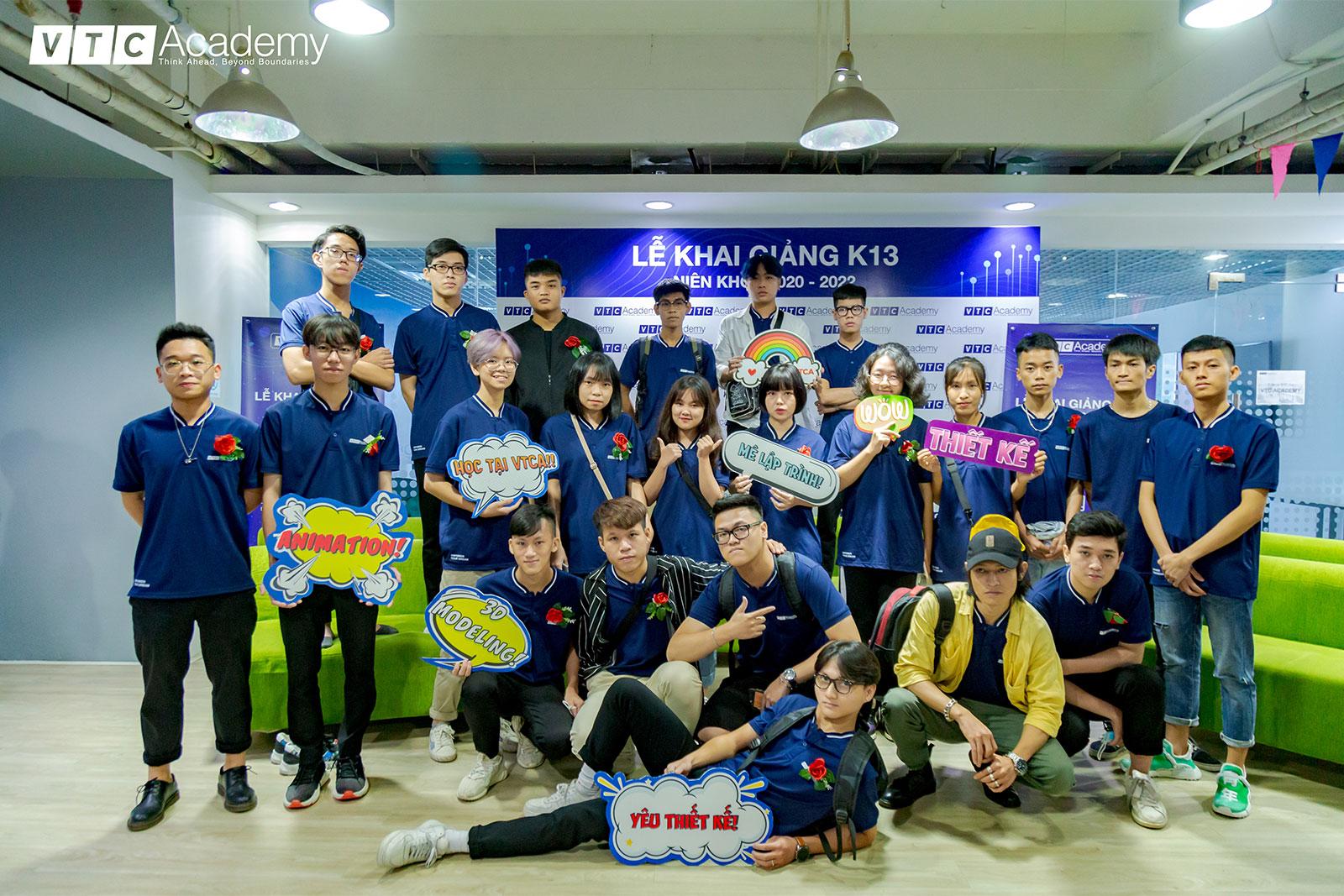 ngay-nhap-hoc-vtc-academy-2