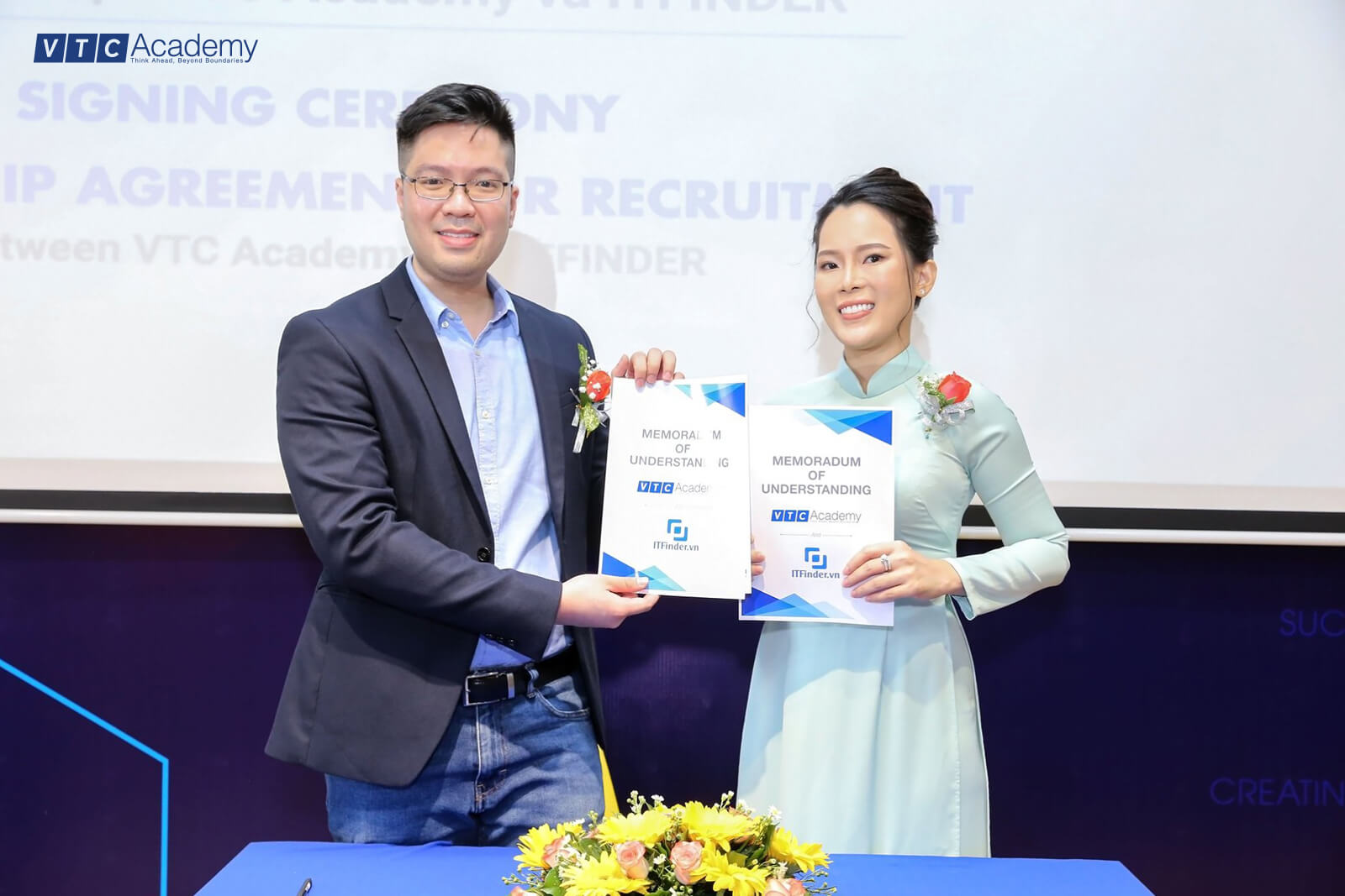 Many large enterprises continue to accompany VTC Academy in the new school year