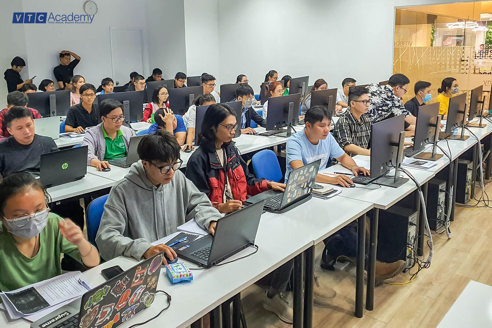 3d-modeling-bootcamp-vtc-academy-2