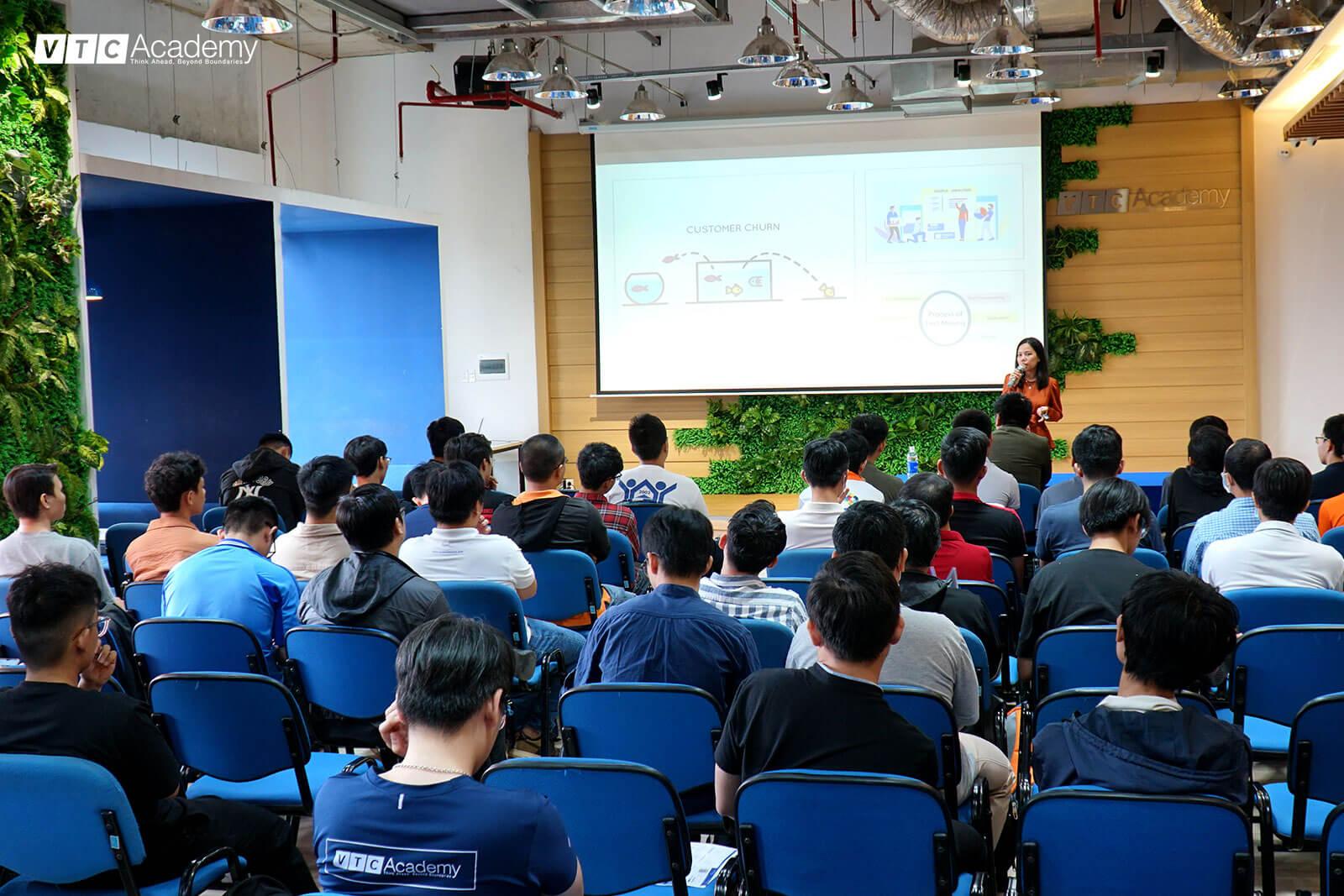 seminar-ai-vtc-academy-1