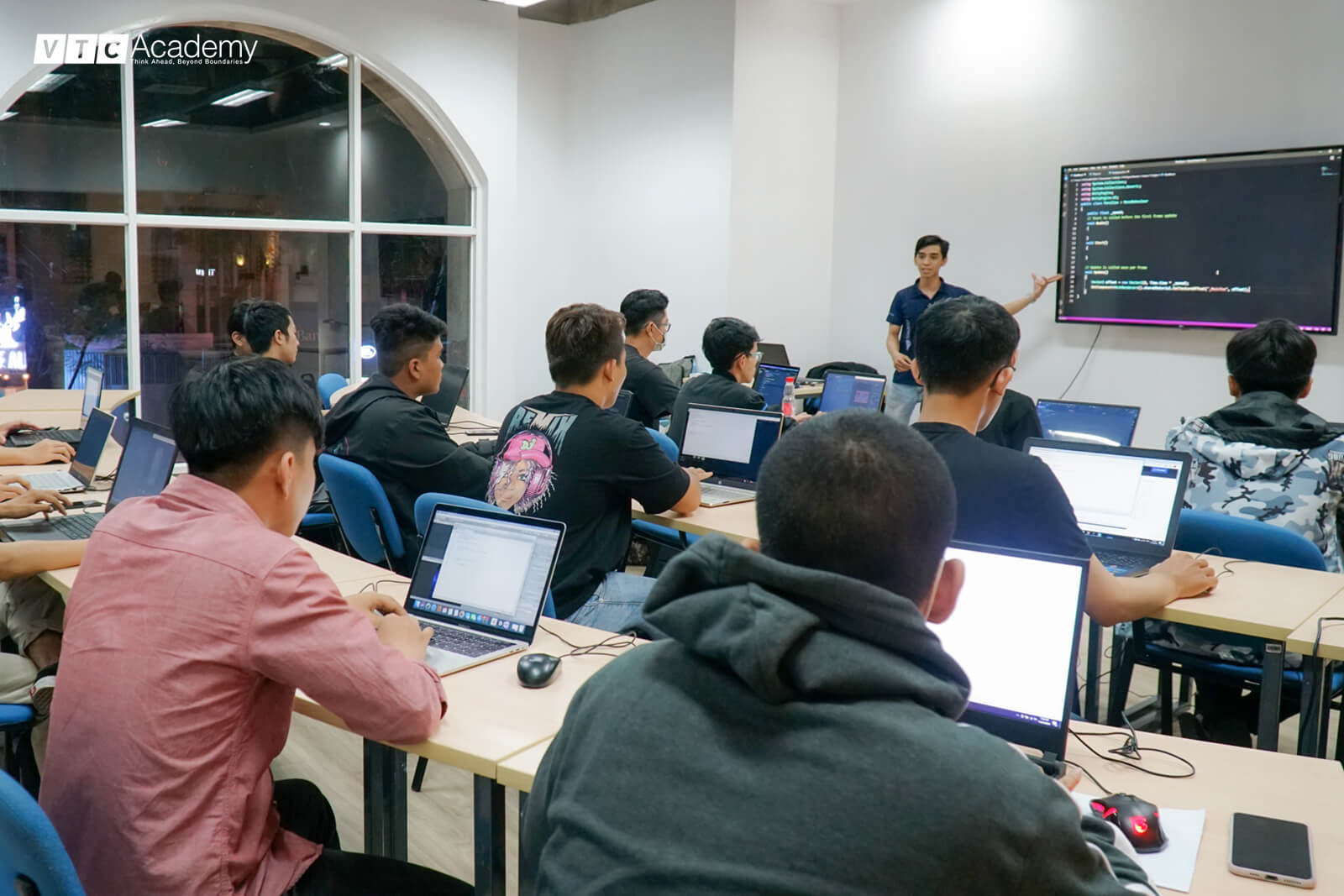 vtc-academy-hoc-thu-lap-trinh-game-3