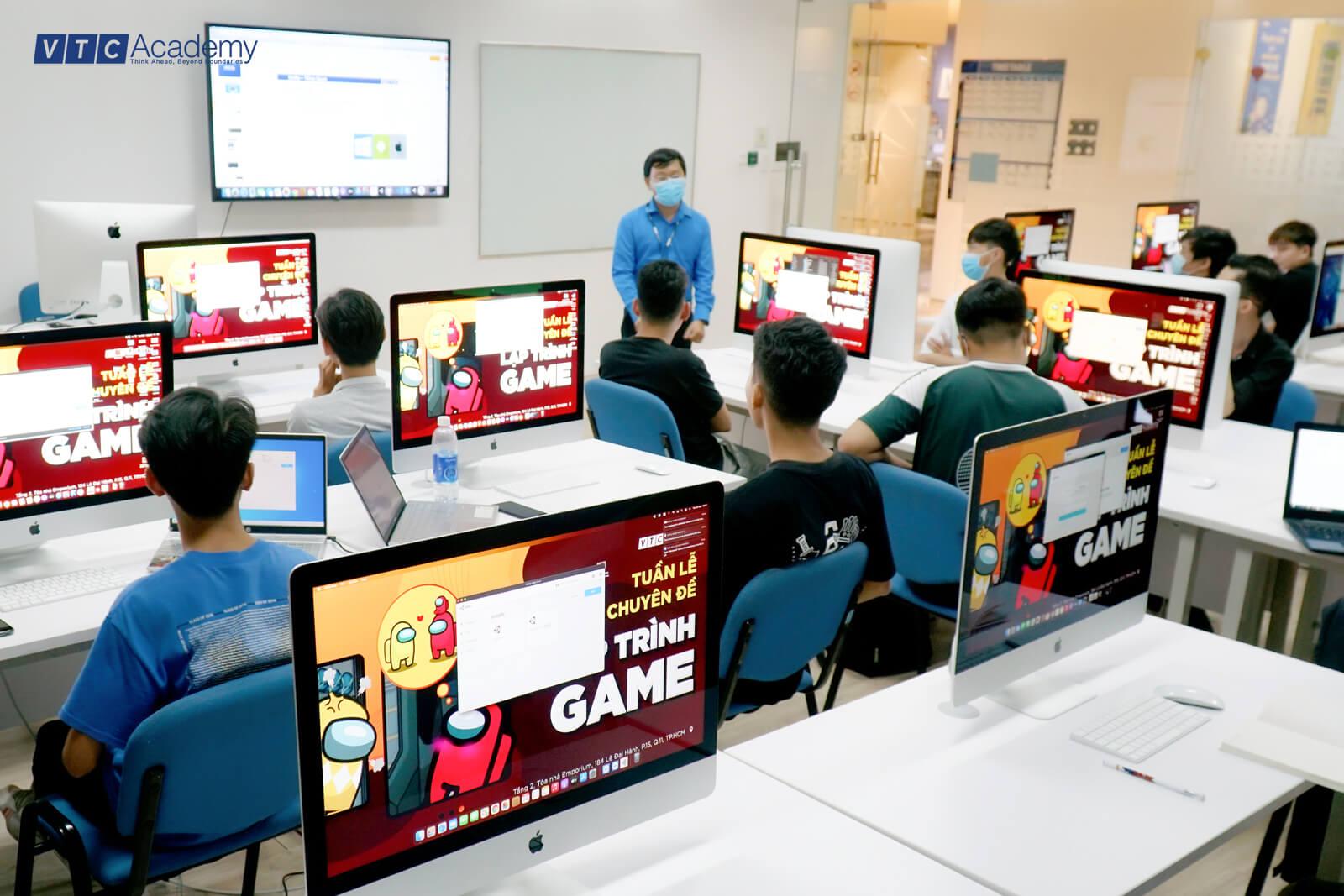 vtc-academy-hoc-thu-lap-trinh-game-7