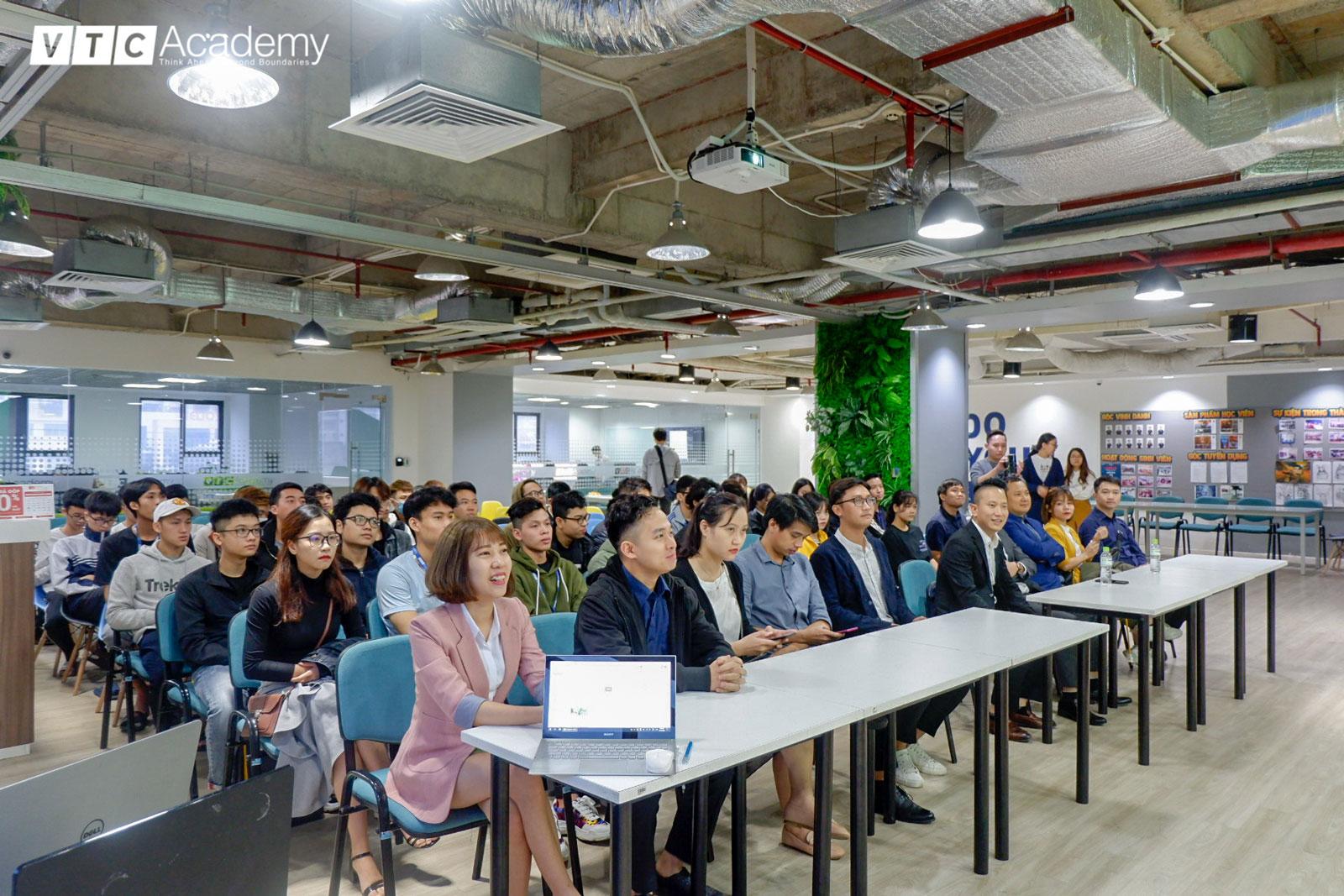 SConnect tổ chức workshop giới thiệu doanh nghiệp tại VTC Academy Hà Nội