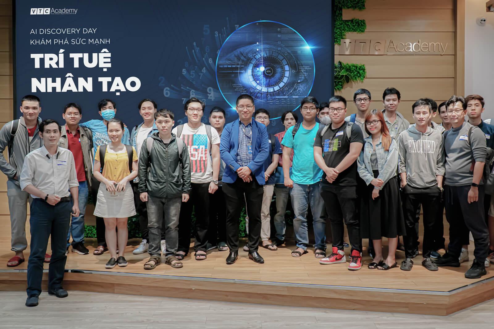 VTC Academy tiếp tục tổ chức chuỗi sự kiện khám phá Trí tuệ nhân tạo (AI) trên cả nước