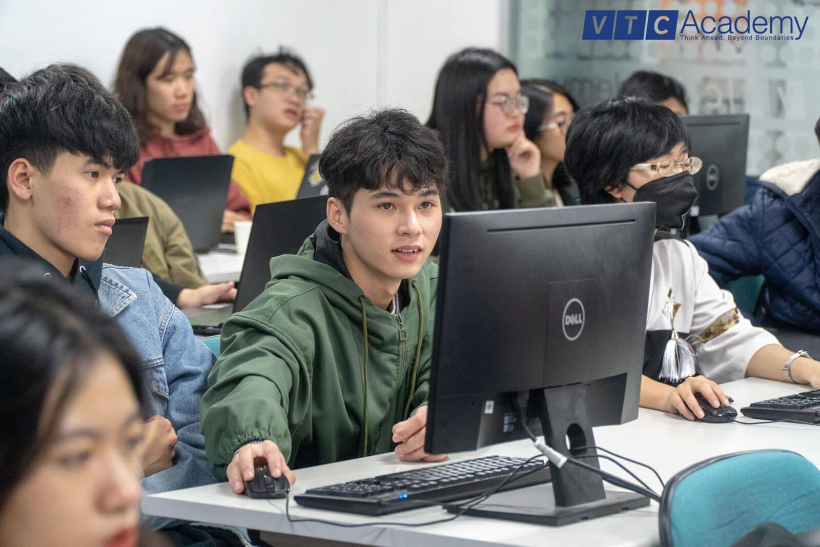 2d-bootcamp-vtc-academy-9