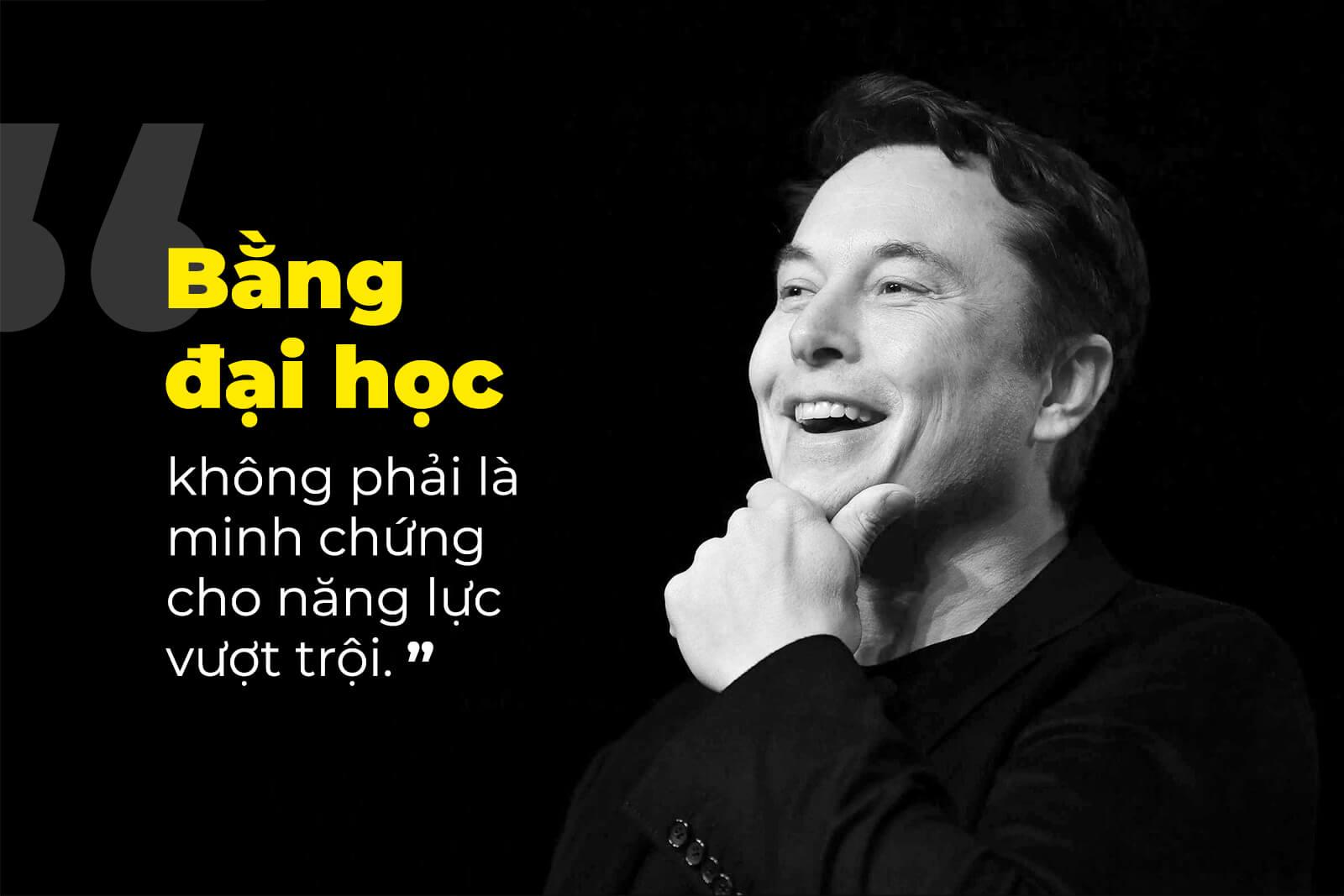 """Elon Musk: """"Với tôi, bằng đại học không phải là minh chứng cho năng lực vượt trội"""""""
