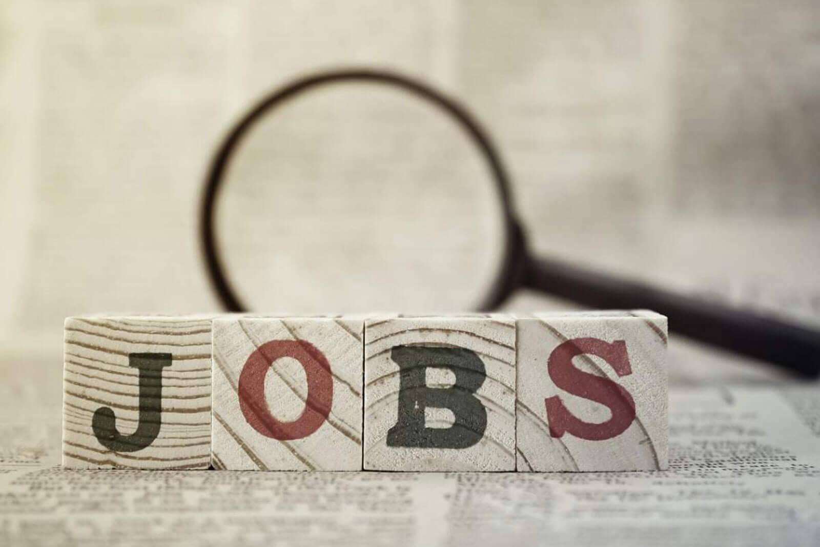 4 ngành nghề dự đoán sẽ được tuyển dụng nhiều nhất tại Việt Nam trong năm 2021, mức lương