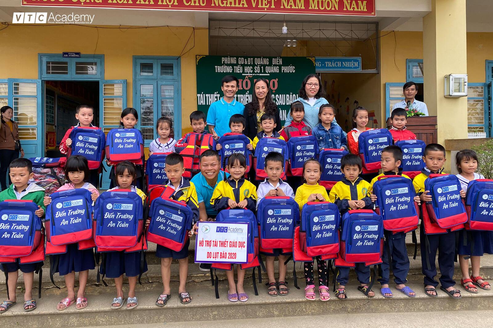 VTC Academy đóng góp cho hoạt động tái thiết và phát triển giáo dục sau thiên tai tại Thừa Thiên Huế